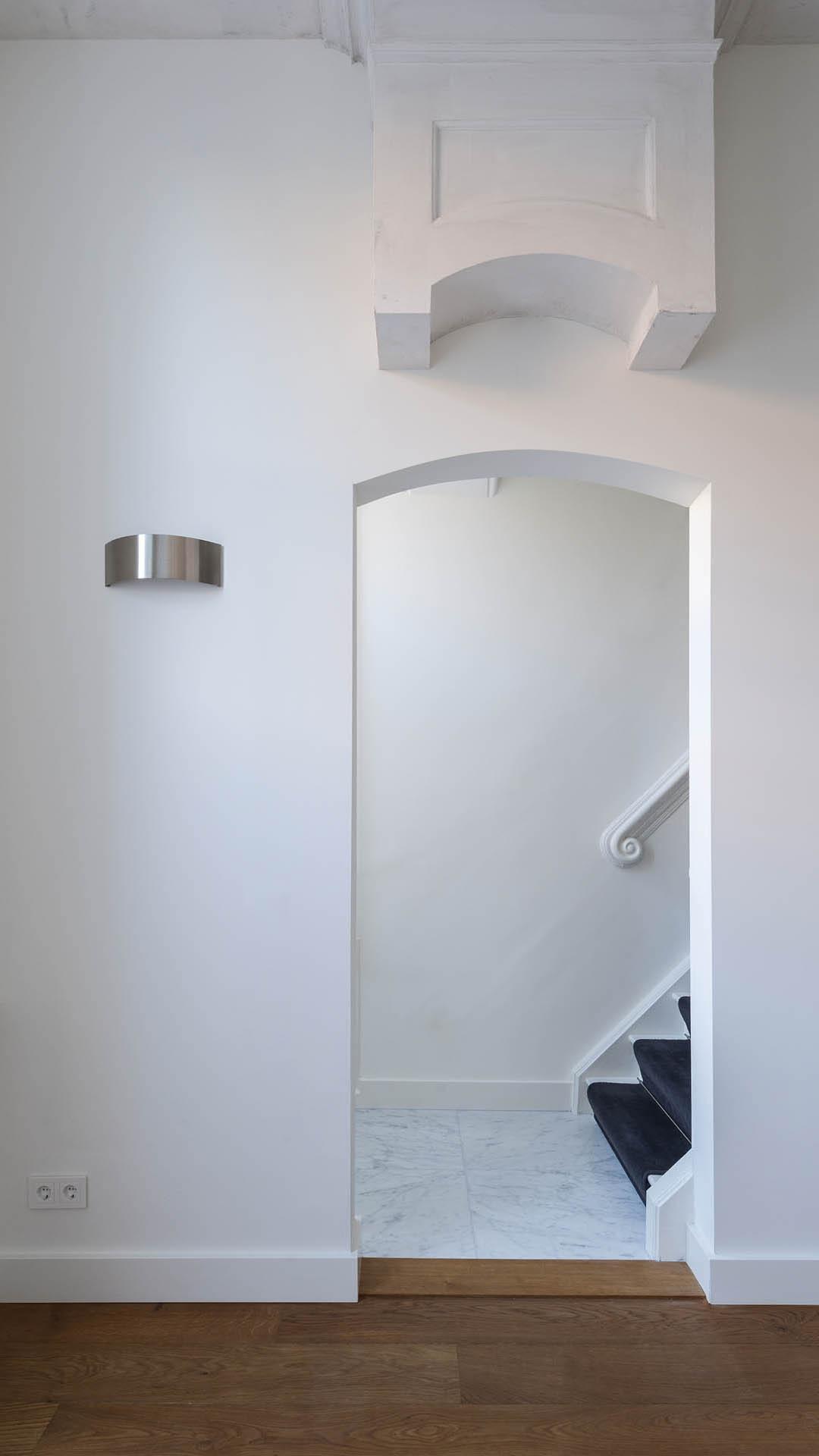 Architectuur delft koornmarkt renovatie interieur 20 studio d11 - Architectuur renovatie ...